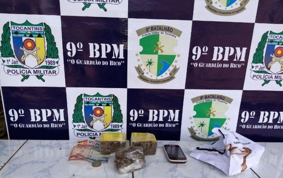PM prende traficante com maconha e crack dentro de uma Vam em Araguatins