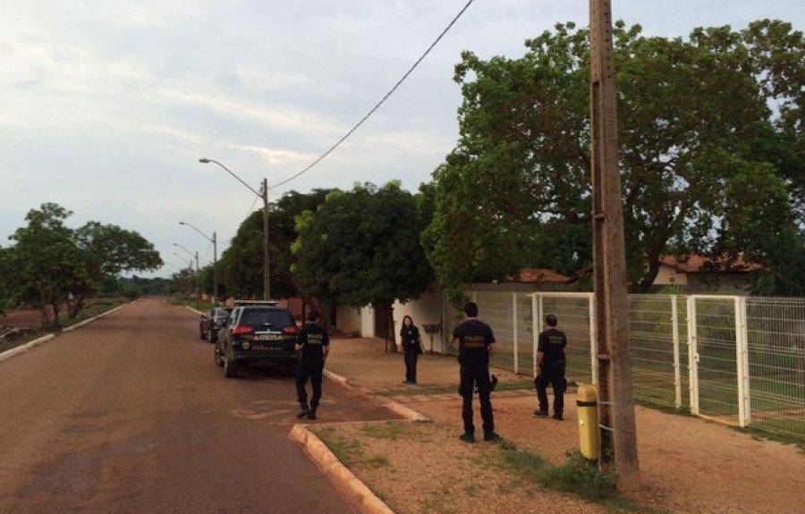 Policiais federais cumprem mandados em Palmas