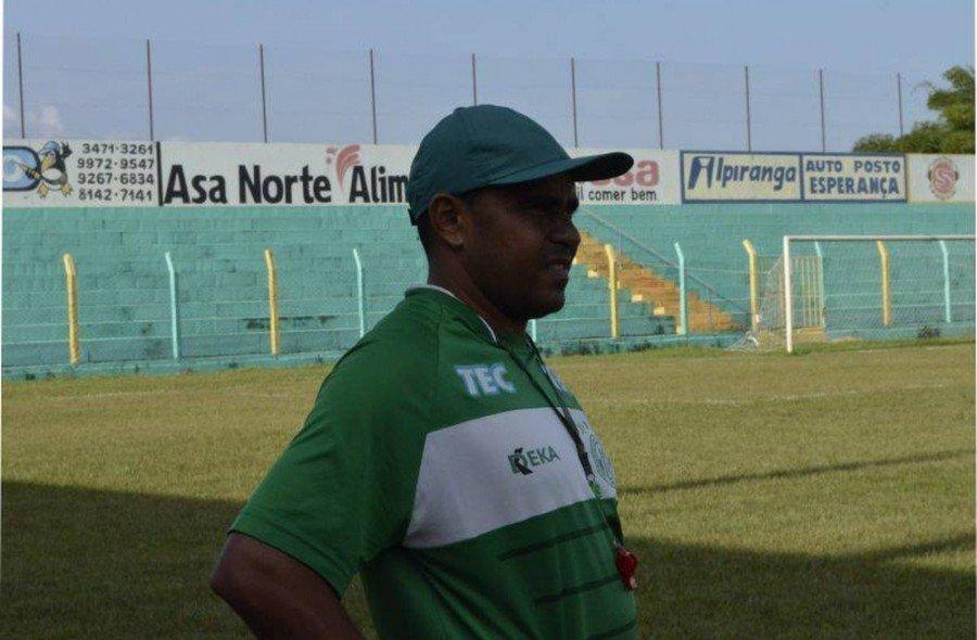 Neto Costa será o técnico do Arsenal de Tocantinópolis (Foto: Divulgação)
