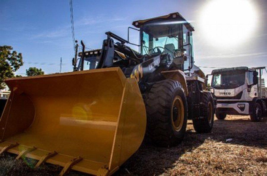 Governo Federal entregou por meio da Codevasf, máquinas e equipamentos à sete prefeituras do Bico do Papagaio (Foto: Divulgação)