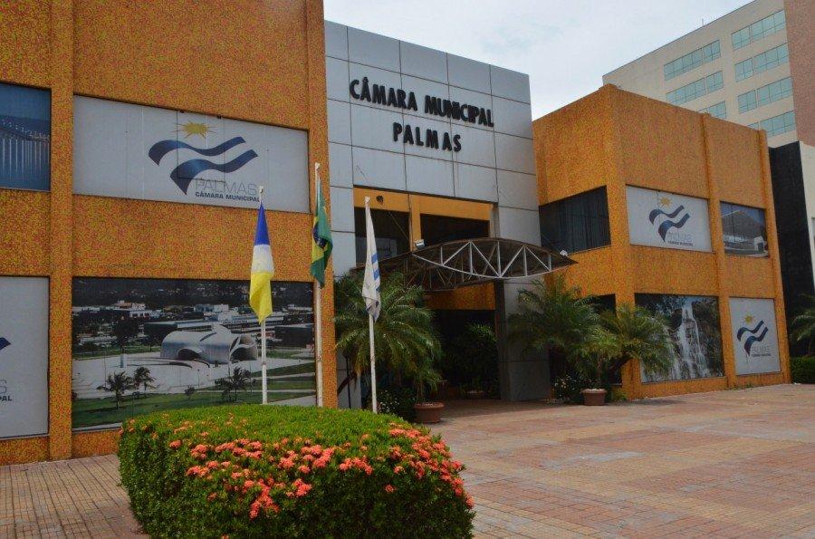 Câmara Municipal de Palmas cumprirá decisão judicial quanto à equiparação do número de servidores concursados e comissionados