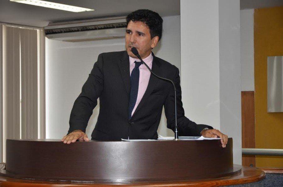 Aprovado nas comissões, o Projeto de Lei de autoria do vereador Júnior Geo confere o Selo de Acessibilidade para os estabelecimentos que prestam serviço de hospedagem em Palmas