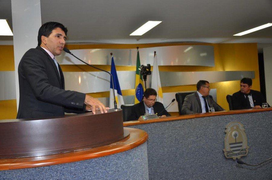 """Não vejo a necessidade de criação de bancadas de segmentos religiosos na Câmara Municipal de Palmas, fomos eleitos para representar a sociedade, independente de religião"""", afirmou Geo."""
