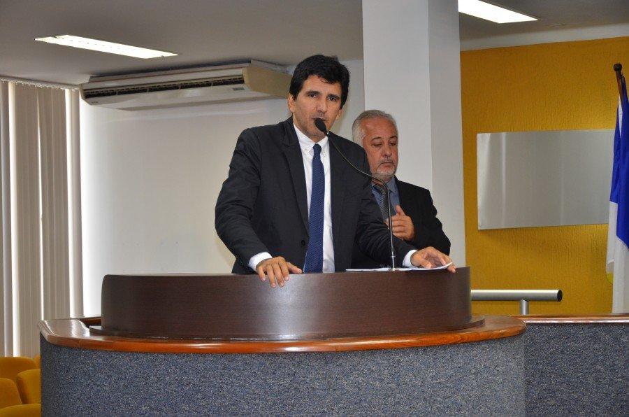 Vereador Professor Júnior Geo cobra pela sétima vez o andamento das obras de pavimentação asfáltica das quadras 408 e 508 Norte