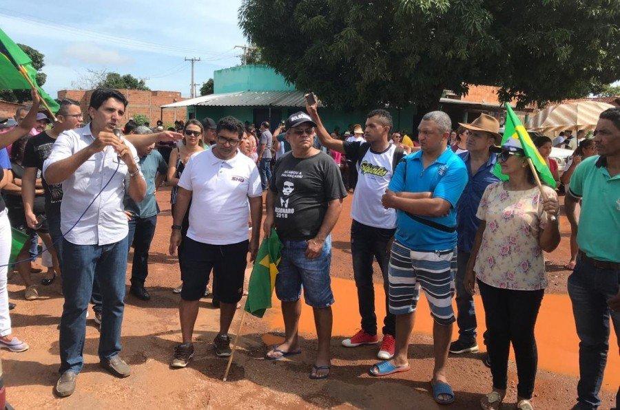 Prof. Júnior Geo participou de manifestação contra bloqueio da ponte de Porto Nacional