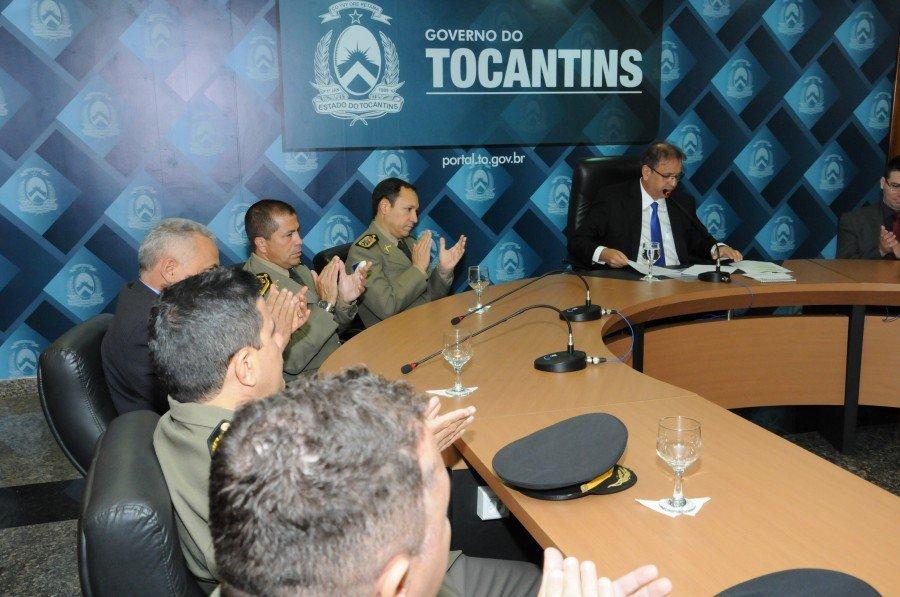 Governador assina contrato com empresa e concurso da PM abre inscrições em janeiro (Foto: Frederick Borges)