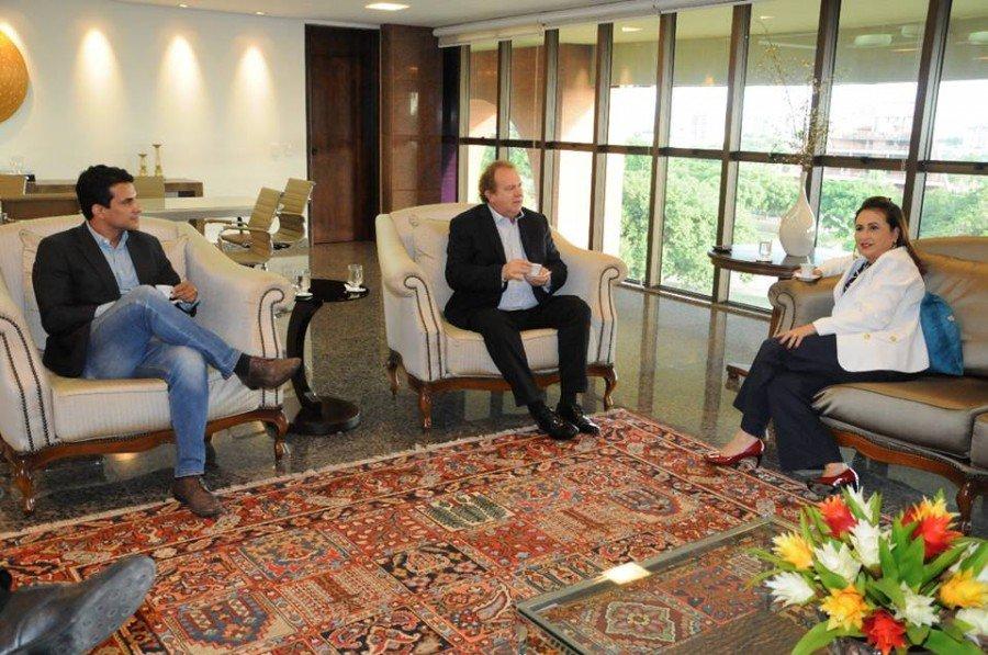 Senadora Kátia Abreu (PDT) se reuniu com o governador Mauro Carlesse (PHS) na tarde dessa quarta-feira, 07, no Palácio Araguaia