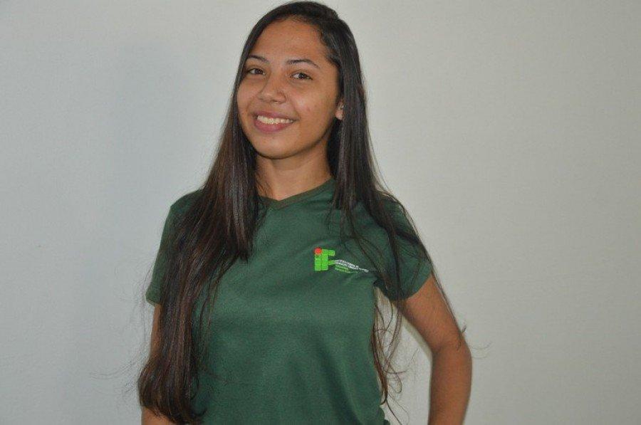 Helizane Raquel Pereira dos Santos, do curso Técnico em Agropecuária, da unidade de Araguatins obteve 940 pontos na redação do Enem