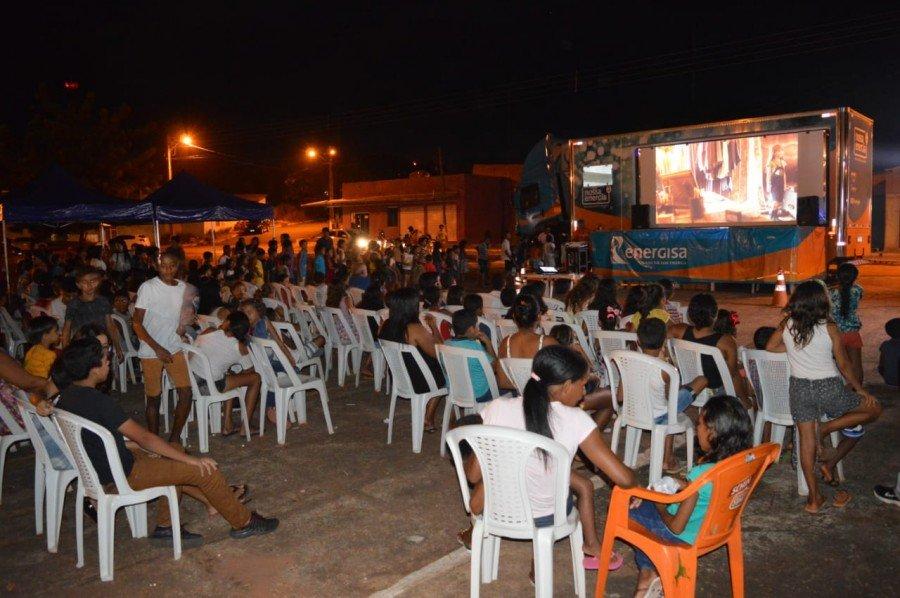 Depois de percorrer cinco cidades na região Norte, projeto segue para  Monte do Carmo com teatro, cinema e espetáculo com palhaços