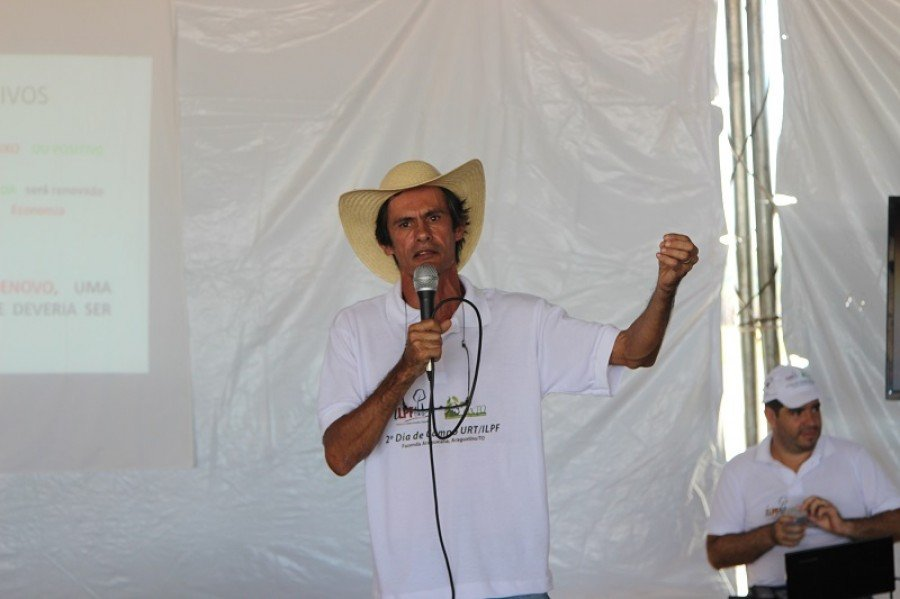 Luciano, um dos proprietários da Fazenda Araguaiana, vai relatar sua experiência com a integração entre lavoura e pecuária