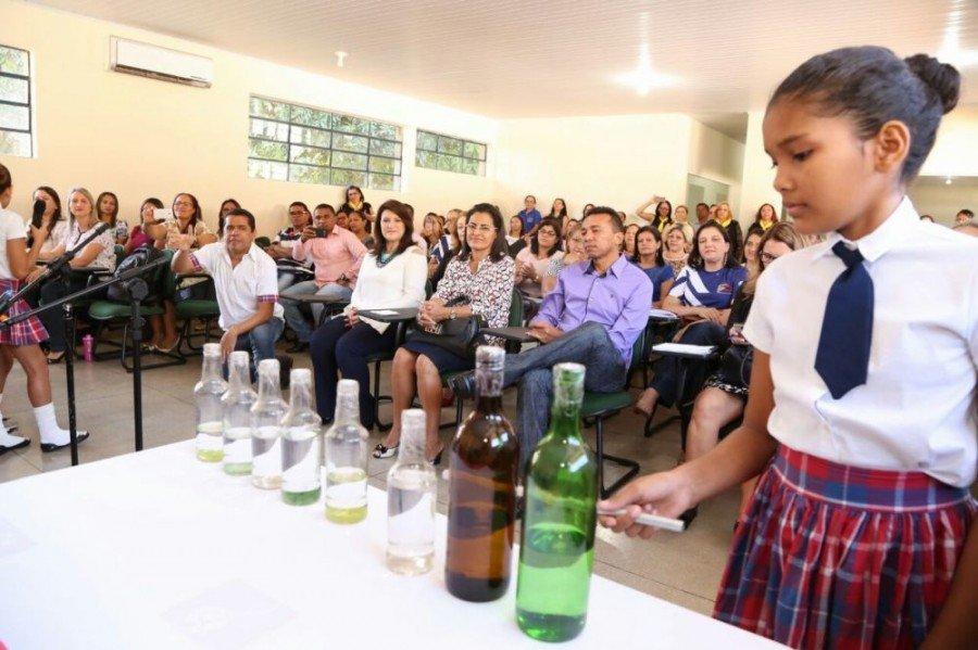 Na Regional de Tocantinópolis apresentações culturais abriram o encontro com os diretores das escolas (Foto: Márcio Vieira)