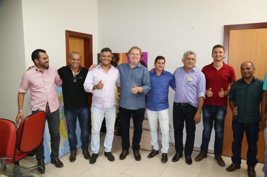 Mais três prefeitos declararam apoio à reeleição de Mauro Carlesse