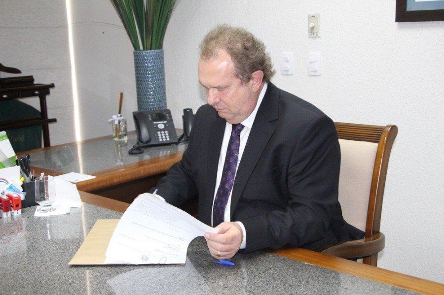 Governador Mauro Carlesse decidiu manter os mesmos chefes para a Saúde, Bombeiros, Controladoria, PGE e Secretaria Geral de Governo