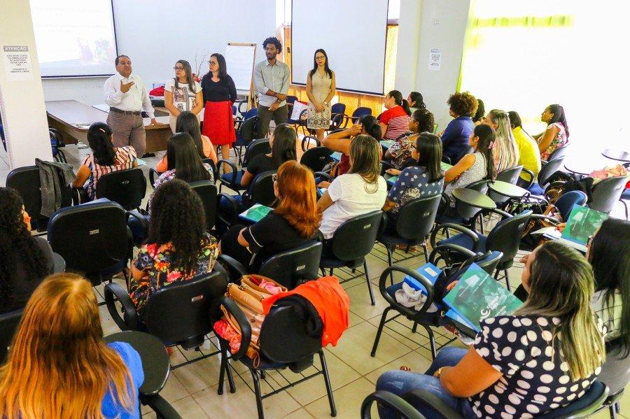 Proteção Social Básica capacita equipes do Programa Criança Feliz (Foto: Carlessandro Souza)
