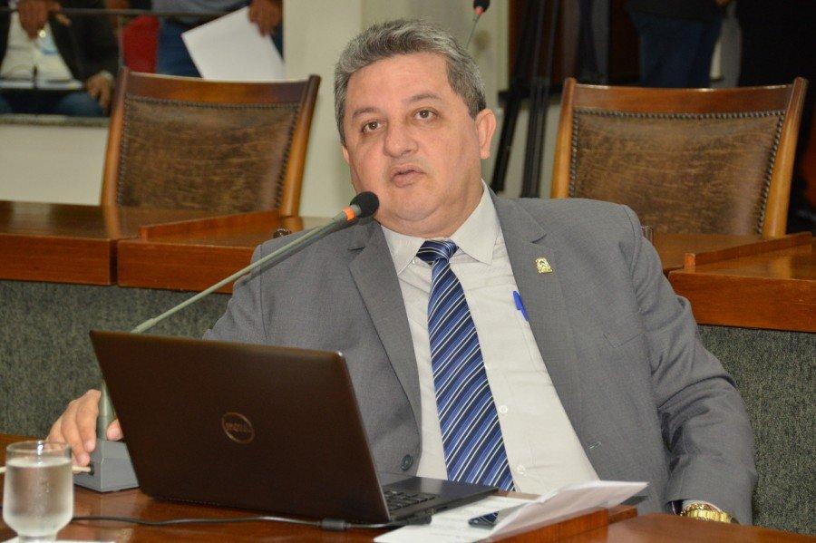 Deputado Jair Farias apresentou requerimento solicitando conclusão da TO-126 no Bico do Papagaio (Foto: Clayton Cristus)