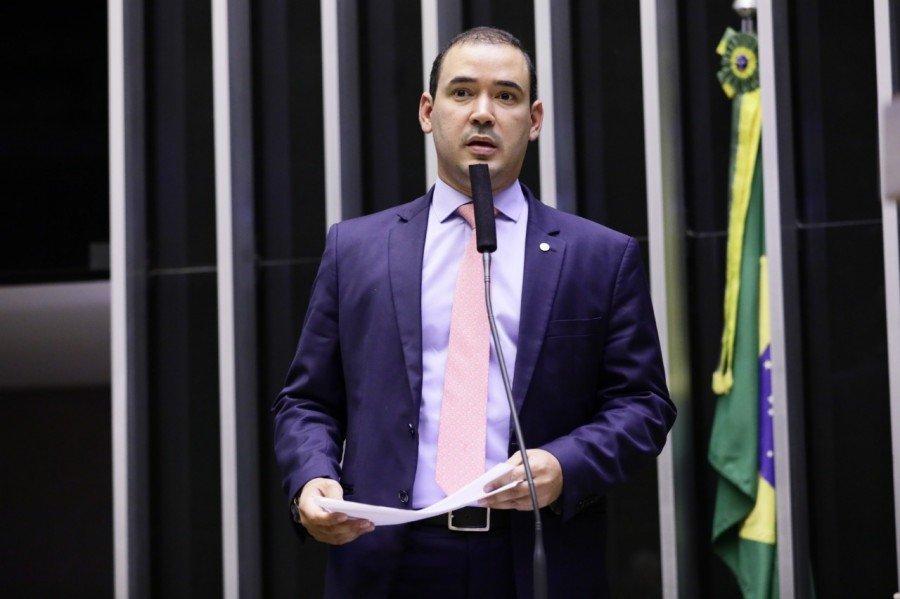 Vicentinho Júnior articulou benefícios para Monte do Carmo e Santa Tereza