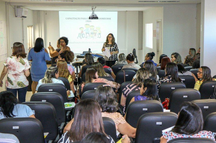 Capacitação para coordenadores dos CRAS foca nas habilidades de liderança (Foto: Carlessandro Souza)