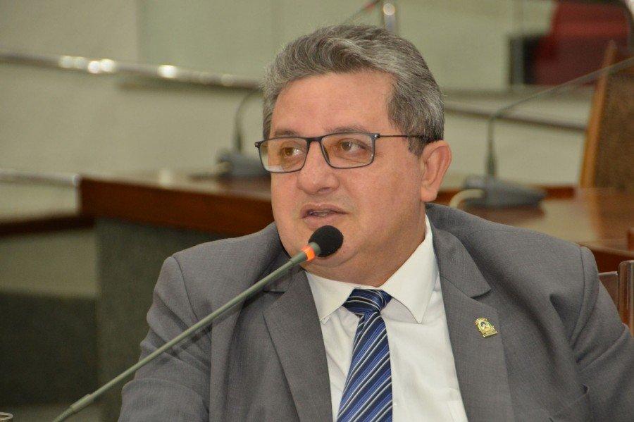 Deputado Jair Farias comemora retomada do atendimento pelo Plansaúde em Imperatriz