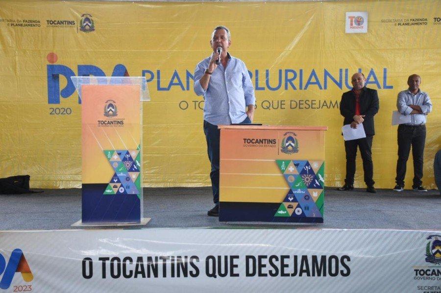 Em Araguatins, Antonio Andrade disse que o momento é de ouvir demandas dos municípios (Foto: Joelma Cristina)