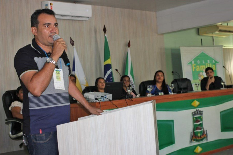 Joaquim Paz, coordenador do Programa Bolsa Família em Araguatins, falou da satisfação de poder sediar discussões tão importantes