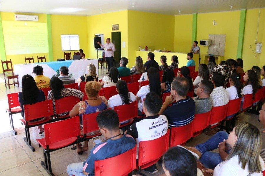 O encontro reuniu prefeitos, vereadores e integrantes da Secretaria Municipal de Assistência Social de Axixá e de cidades vizinhas