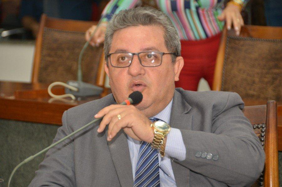 Deputado Jair Farias solicitou obras para Maurilândia na primeira sessão após recesso legislativo
