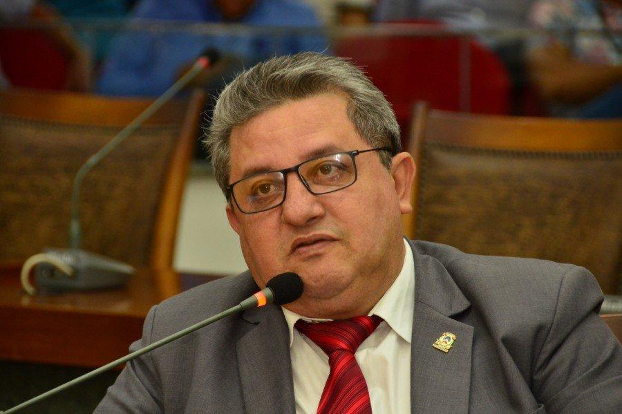 Deputado Estadual Jair Farias remaneja emenda de R$ 1,3 milhão para finalizar escola estadual de Itaguatins (Foto: Dicom)