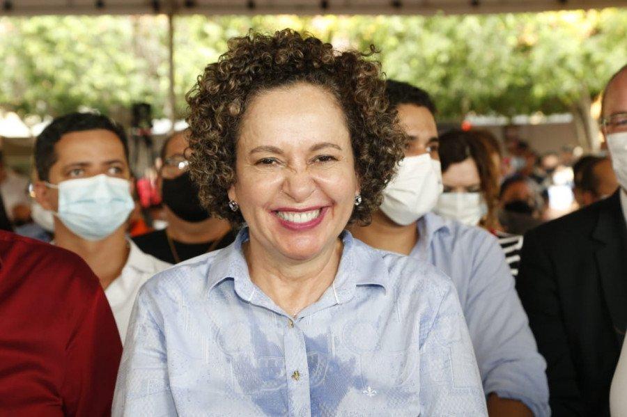 A prefeita de Gurupi, Josi Nunes, destacou a importância dos recursos para os municípios tocantinenses (Foto: Marcio Vieira)
