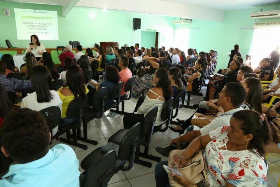 Ao todo, participaram diretores e coordenadores pedagógicos de 41 escolas jurisdicionadas à DRE de Araguatins