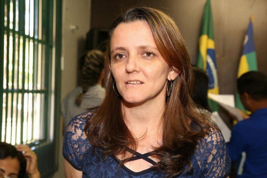 Diretora do Colégio Estadual Joaquina Maria da Silva, Cíntia reforçou a importância do momento