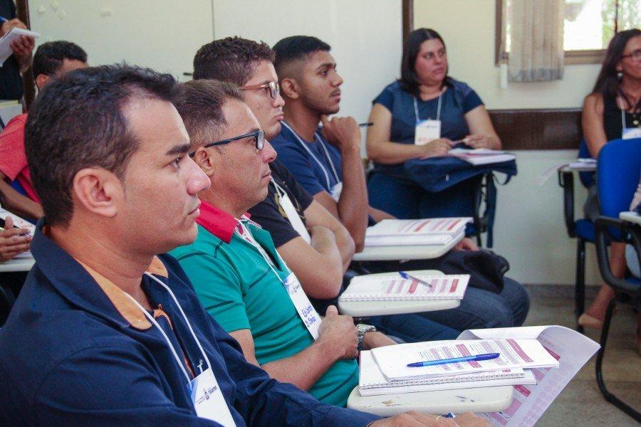 Secretários, gestores e técnicos de 47 municípios participam da capacitação (Foto: Carlessandro Souza)