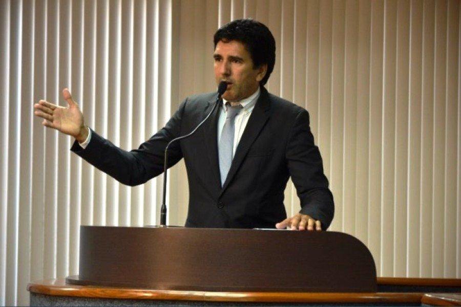 O vereador apresentou projeto buscando maior transparência nas ações dos representantes e esclareceu apontamentos de uma reportagem feita em um veículo da capital
