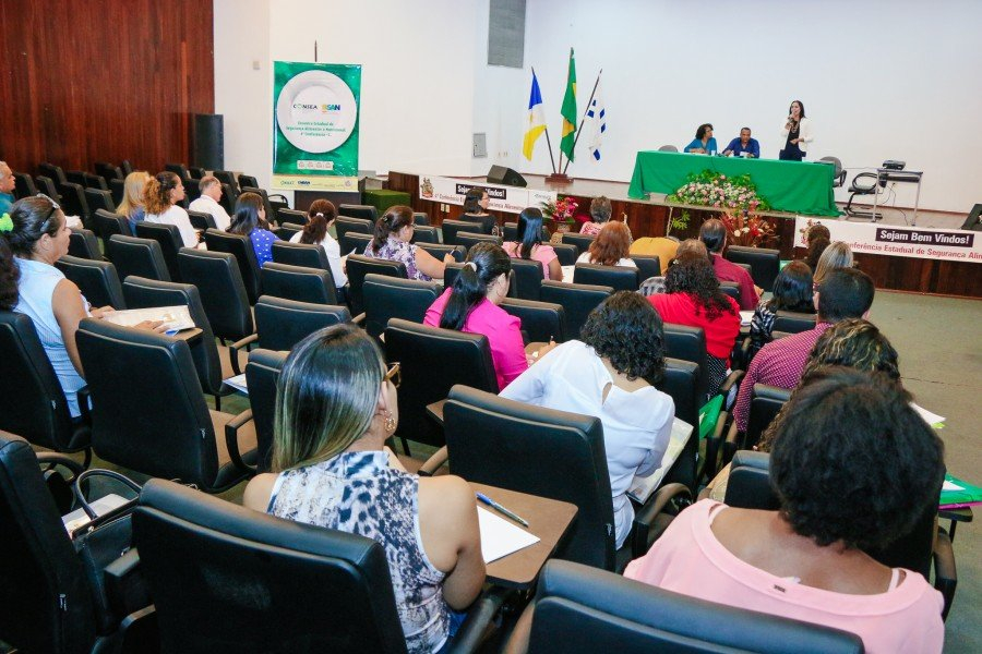 Encontro reúne conselheiros estaduais, delegados tocantinenses que participaram da 5ª Conferência Nacional de SAN entre outros (Foto: Carlessandro Souza)