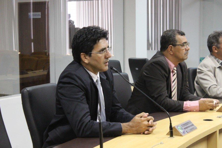 Vereador professor Júnior Geo considera improbidade atitude do presidente na tentativa de impedir votação