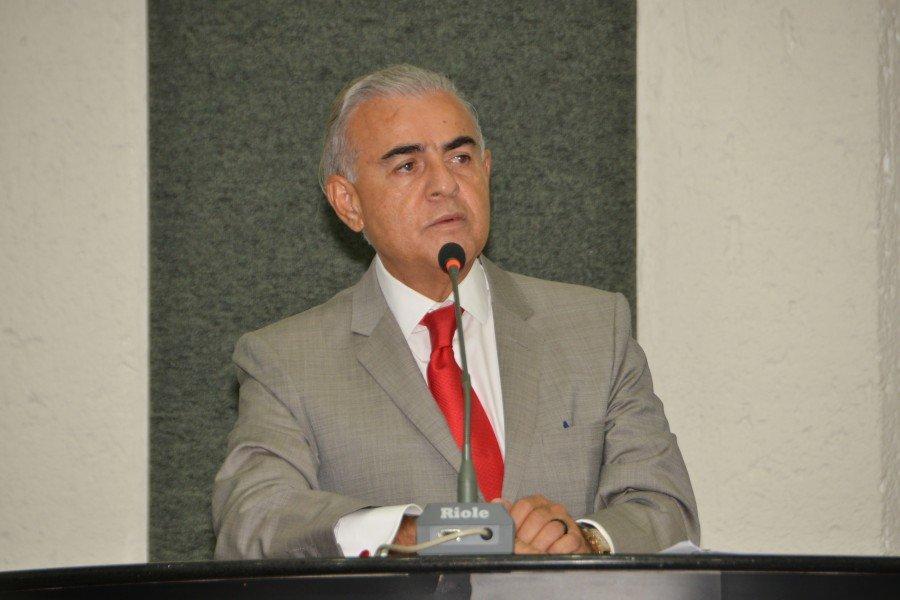Deputado Paulo Mourão defende o estado democrático de direito e afirma que Haddad tem as melhores propostas