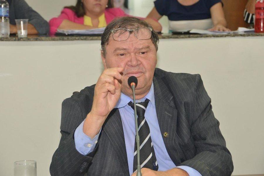 Denúncia é de que o funcionário do deputado José Bonifácio recebeu sem trabalhar