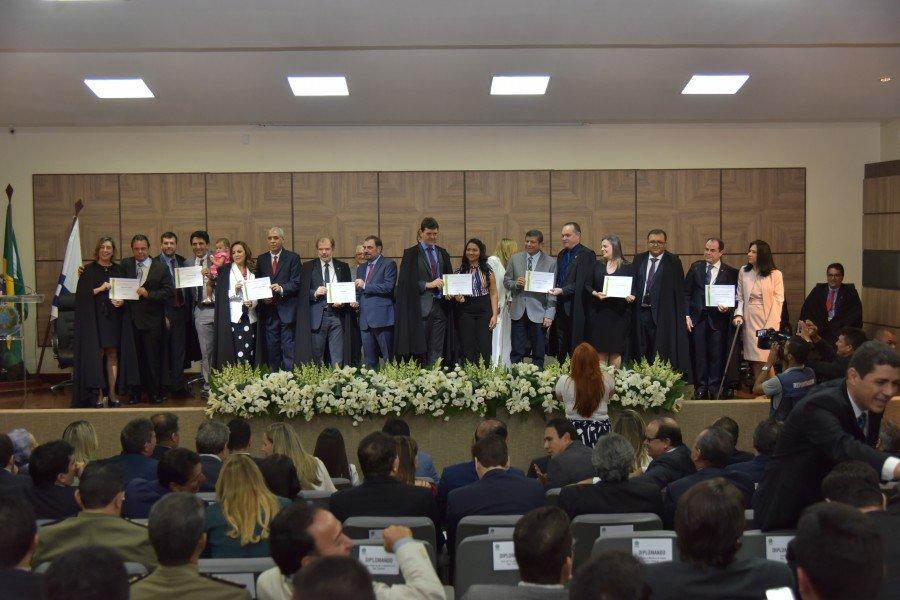 Diplomação dos deputados estaduais eleitos (Foto: Lucas Nascimento)