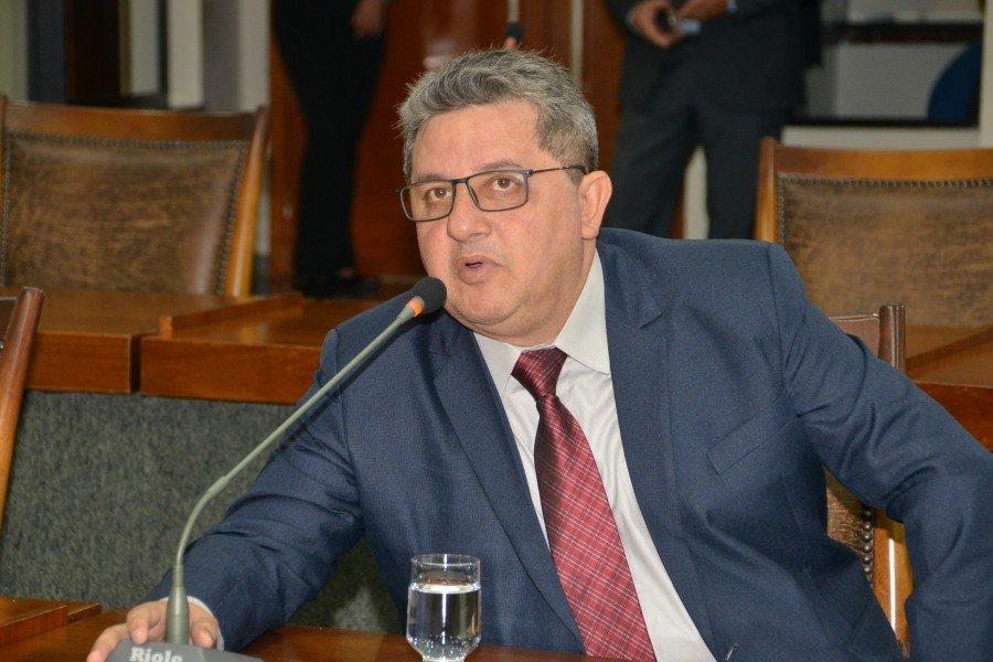 Deputado Jair Farias destaca projetos de industrialização e geração   de empregos como prioridades para desenvolver o Estado (Foto: Dicom)