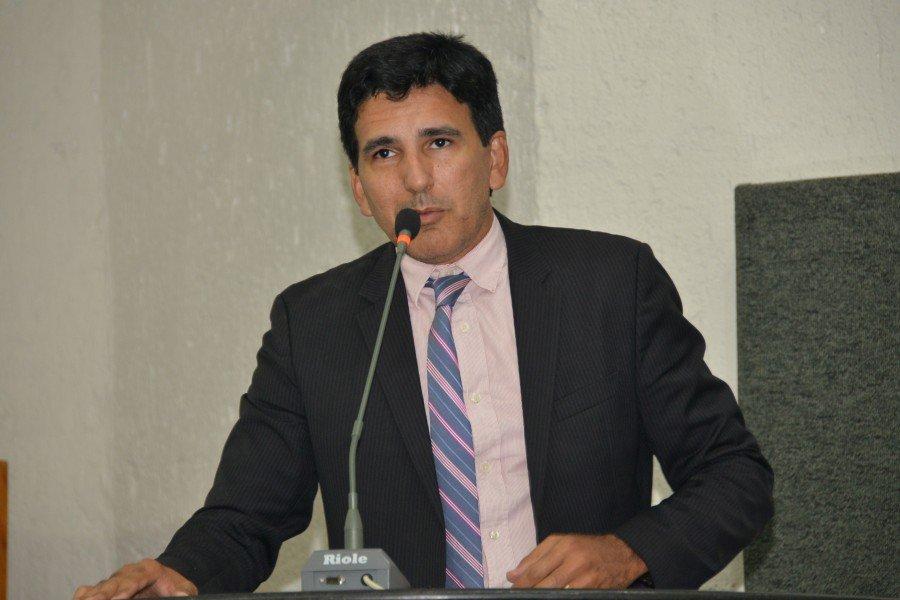 Após ter cobrado, deputado Prof. Júnior Geo comemorou nomeação dos aprovados no concurso da Defesa Social