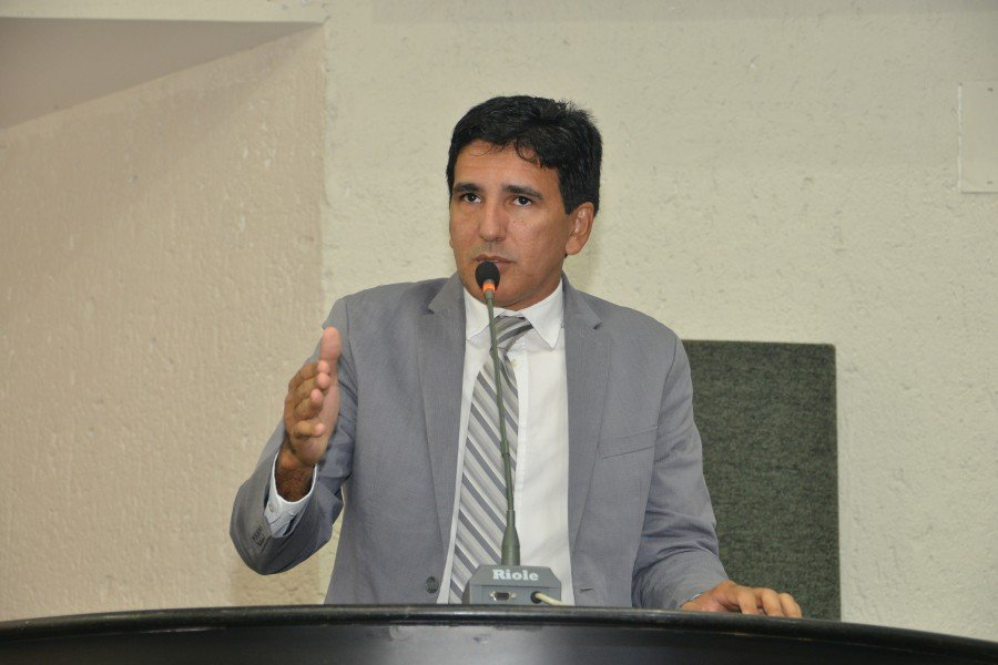 Deputado estadual Prof. Júnior Geo destina 990 mil de emendas para educação