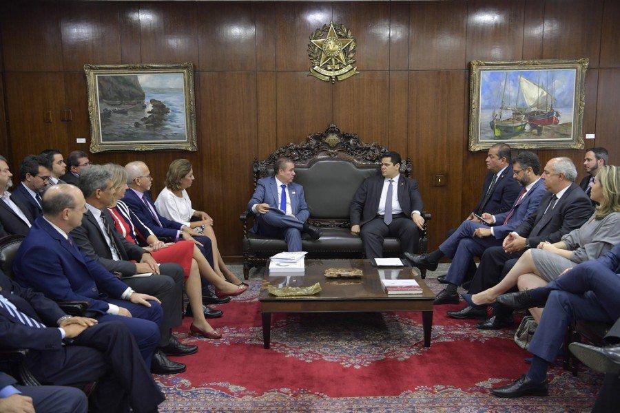 No Senado, prefeita Cinthia Ribeiro cobrou fim de distorções da distribuição de recursos a municípios