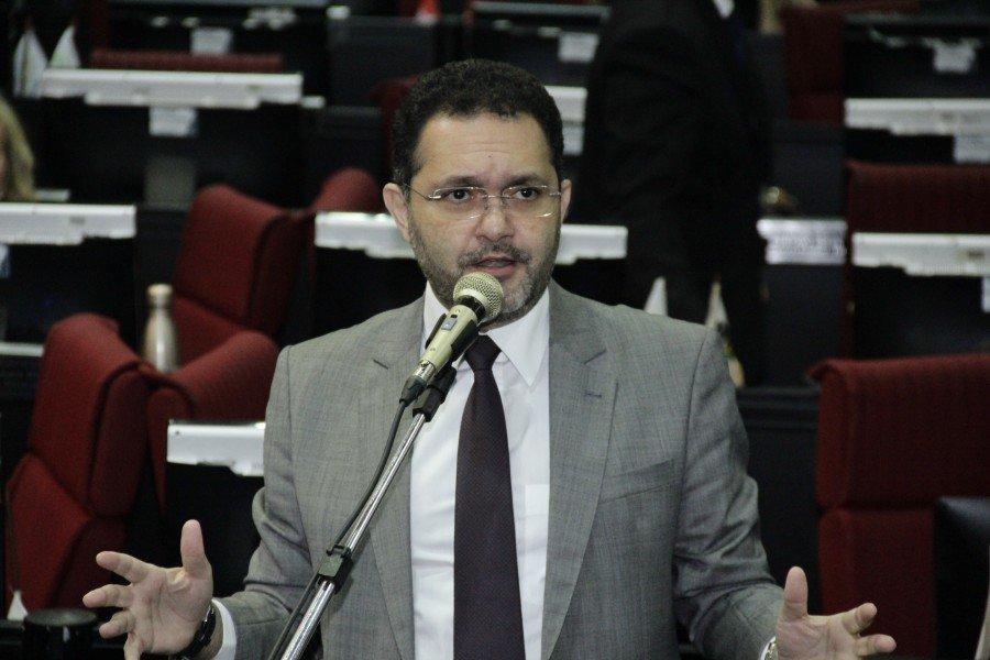 Deputado Chamonzinho (MDB), defendeU pautas sobre obras de pavimentação, cultura e educação no Pará