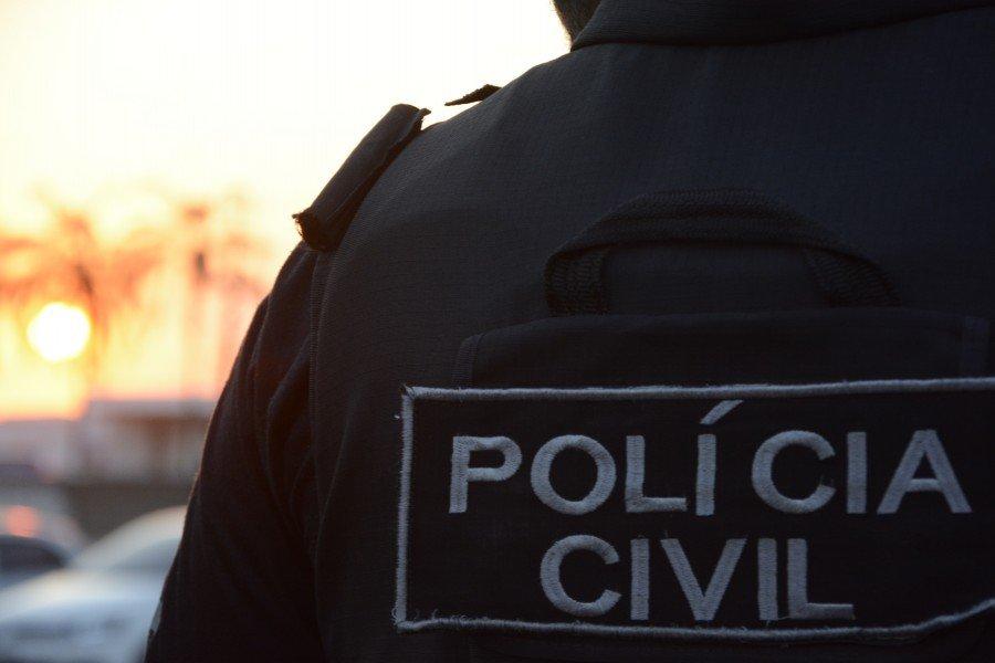 Polícia Civil identificou homem que tentou entregar celular para detento da Cadeia Pública de Tocantinópolis (Foto: Divulgação)