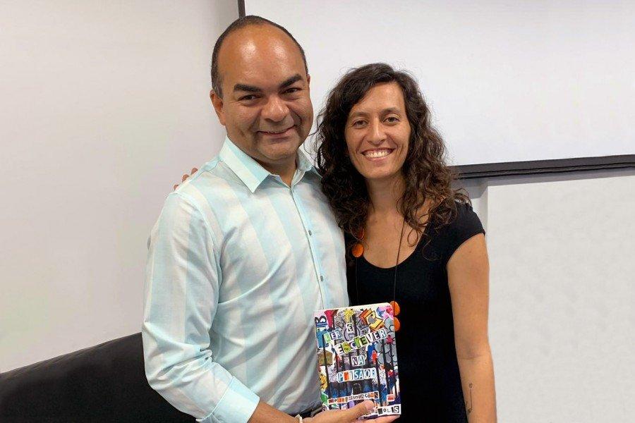 Promotor de Justiça Celsimar Custódio e a professora Aline Campos
