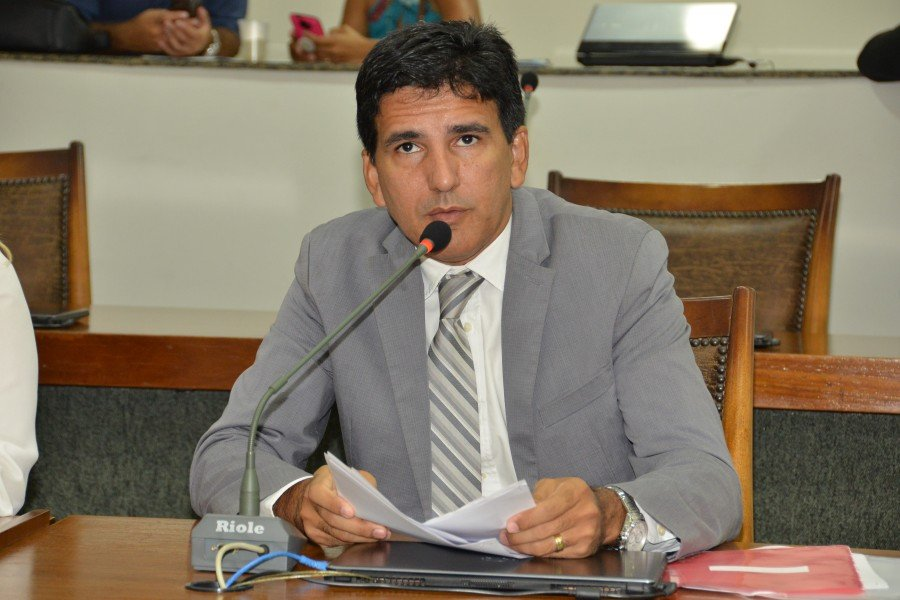 Deputado estadual Prof. Júnior Geo (PROS)
