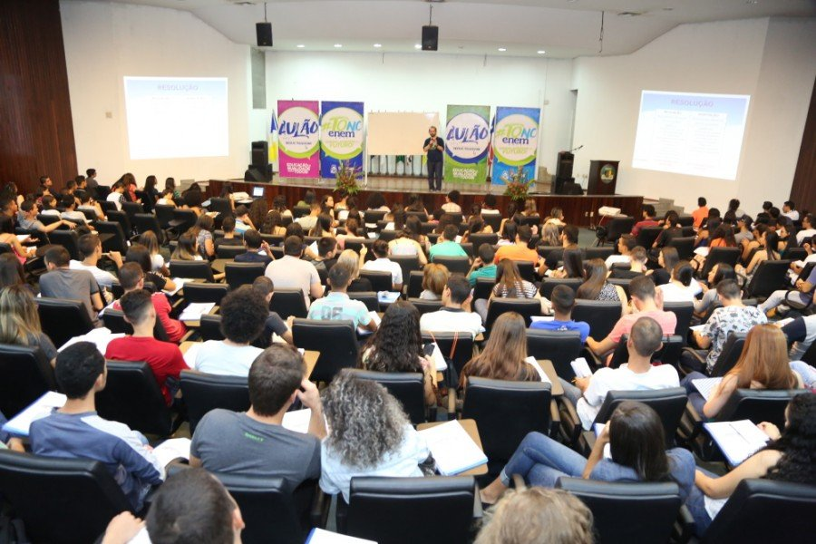 Os aulões serão realizados aos finais de semana até as vésperas do Enem 2019 (Foto: Juliana Carneiro)