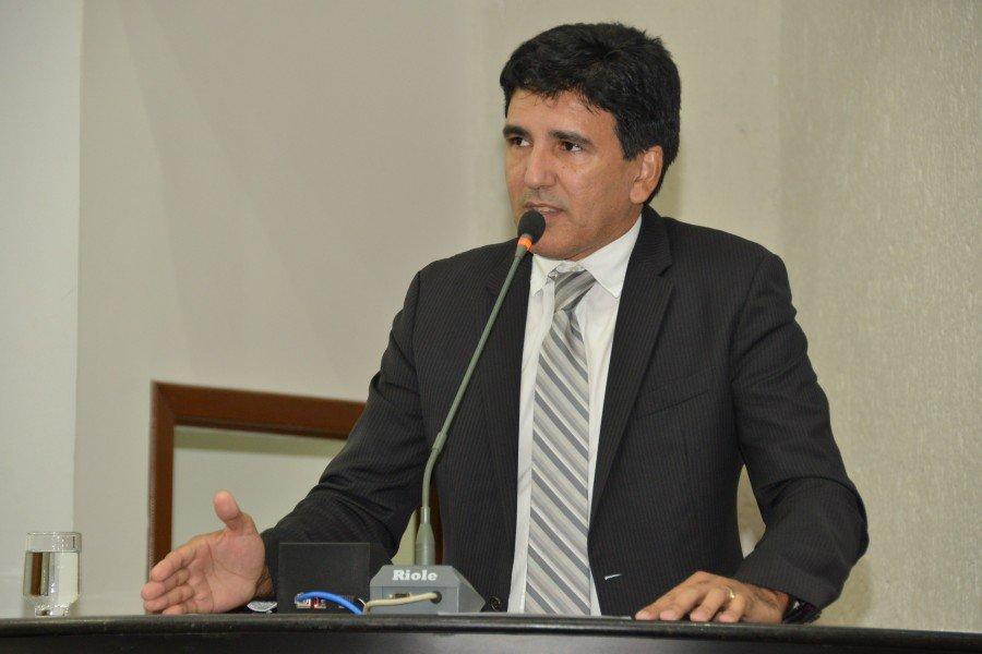 Deputado Professor Júnior Geo (PROS)