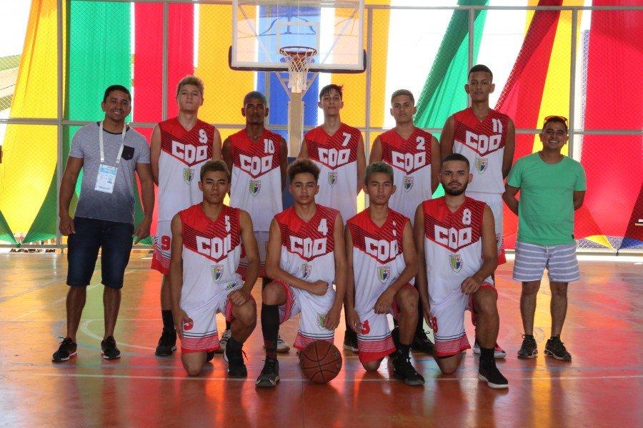 No Basquete masculino, a equipe do Colégio Dom Orione, de Tocantinópolis bateu o Amapá