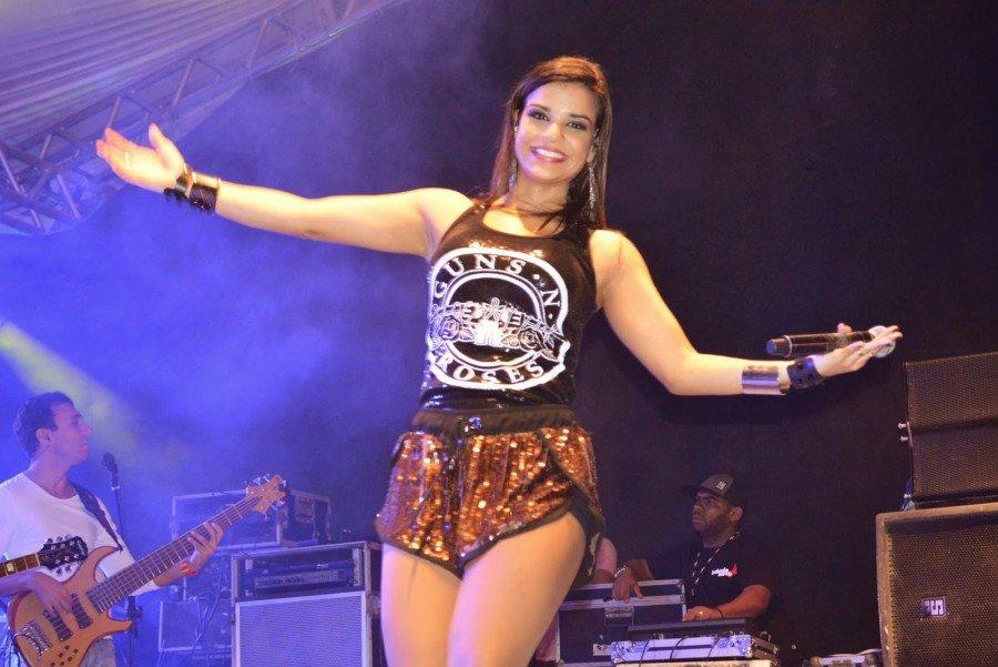 Vocalista, Maria Antunes liderá a festa do Reveillon 2019 em Palmas