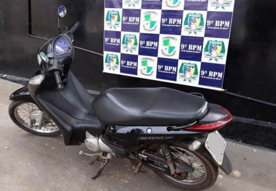 Moto recuperada pela PM em São Bento do Tocantins